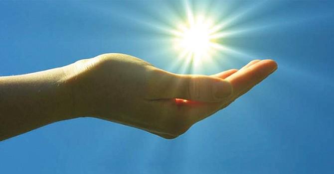 Invierno engorda, nuevo estudio revela que la ausencia de luz solar hace aumentar de peso a las personas