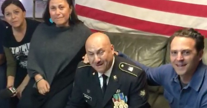 ¡Lo logró! Héctor Barajas-Varela se convirtió en el primer  veterano deportado en lograr la Ciudadanía