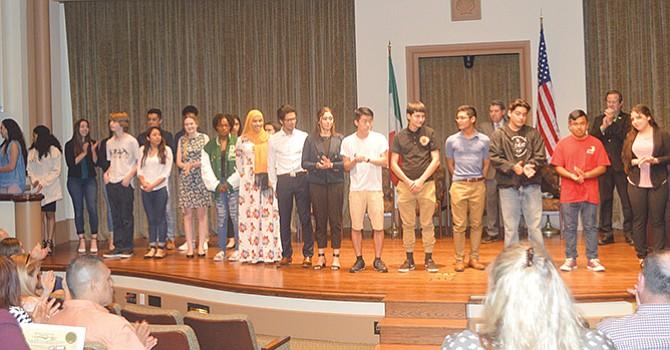 Jóvenes emprendedores, busca impulsar el Programa de Liderazgo y Entrenamiento FUTUREBOSS, en USD