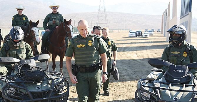 """Preocupa despliegue de militares en la frontera EU-México; activista considera la decisión """"imprudente y equivocada"""""""