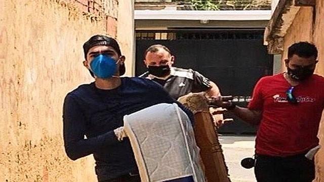 Manuel Nuñez durante sus jornadas de ayuda