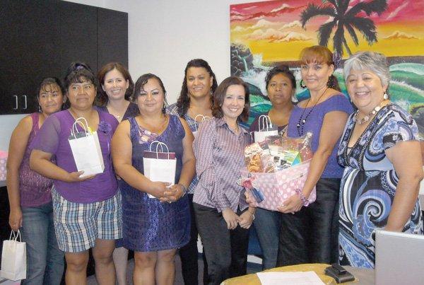 Honran mujeres emprendedoras