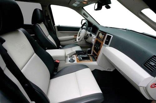 Diez consejos para mantener el interior del carro limpio periodico el latino noticias para - Limpiar el interior del coche ...