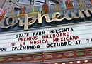 Un desfile de estrellas de la música mexicana se dejó ver por las calles de Los Ángeles para celebrar la primera entrega de los premios que Billboard otorga a este género