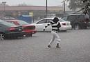 Las tormentas de hace dos semanas dejaron serios daños en la ciudad de Houston y el área metropolitana