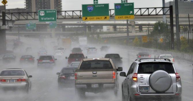 Severa tormenta congestiona Condado Harris
