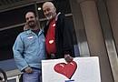 Aunque la Ley de Defensa del Matrimonio (DOMA) no incluye los matrimonios entre personas del mismo sexo como válidos en materia migratoria, la decisión de hoy abre otra puerta a la esperanza
