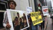 Estudiantes indocumentados de Pensilvania y Carolina del Norte no quieren a Mitt Romney