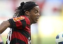 Aunque Ronaldinho jugó bien en la Libertadores, dando dos pases de gol, los seguidores de Flamengo, equipo que nunca ha bajado de primera, no están nada contentos con su desempeño