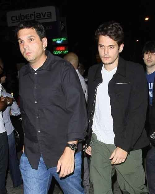 John Mayer y su hermano mayor Carl