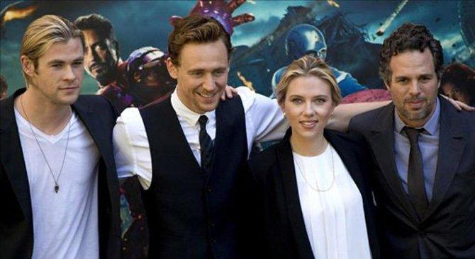 """El consejero delegado de la compañía Disney, Bob Iger, confirmó que la película de superhéroes """"The Avengers"""" tendrá una segunda parte después de debutar con éxito sin precedentes en la taquilla de EE.UU."""