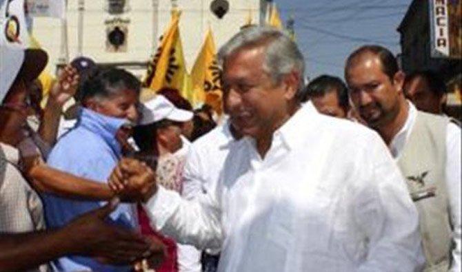 López Obrador sube en las intenciones de voto mientras Peña pierde respaldo