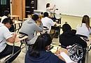 Alumnos de HISD se preparan en la escuela de verano para las pruebas STAAR que aplazaron en marzo pasado.