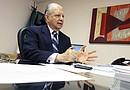 El Cónsul General de México en Houston, Luis Malpica y de Lamadrid, expresó sus condolencias a los familiares de las víctimas por la tragedia en Goliad (Texas).