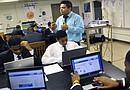 A pesar de haber obtenido buenos logros en los últimos meses, el Distrito Escolar Independiente de Houston debe mejorar aún más en disminuir la deserción de sus estudiantes.