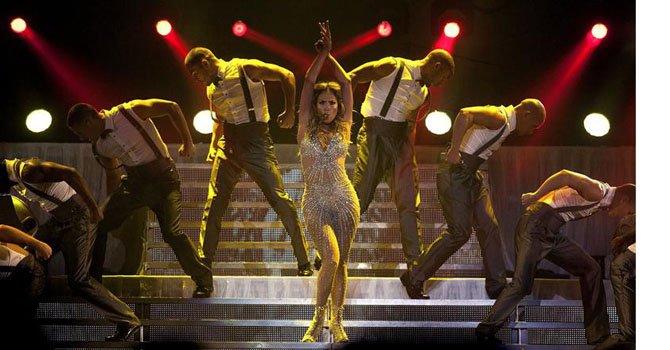 "Jennifer López estrena el videoclip de ""Goin' In"" junto a Flo Rida"