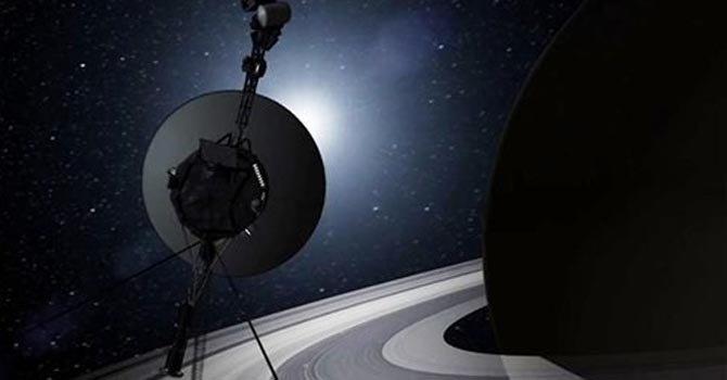 La sonda Voyager se aleja del Sistema Solar