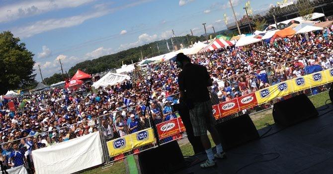 Más de 25 mil en Festival Salvadoreñísimo