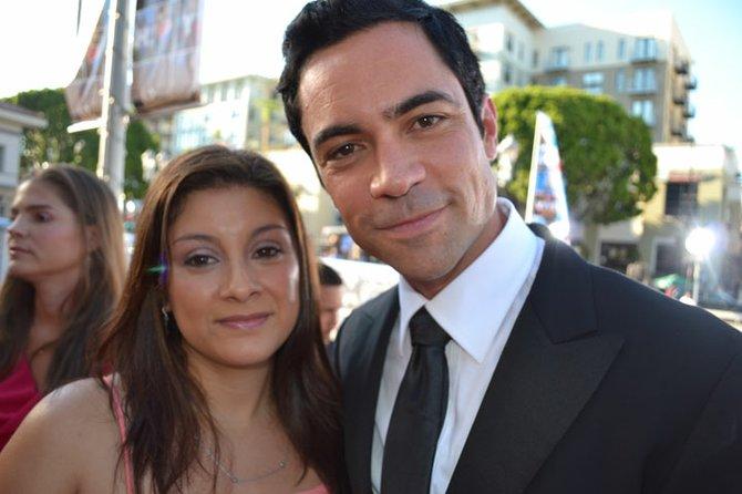 """El actor Danny Pino acompañado de su esposa Lily. Pino participa en la serie """"Law & Order: Special Victims Unit"""", que se transmite por NBC. Protagoniza el papel del detective Nick Amaro."""
