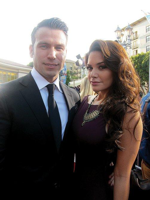 PAREJA. El actor Rafael Amaya junto a su novia la actriz Angélica Celaya.