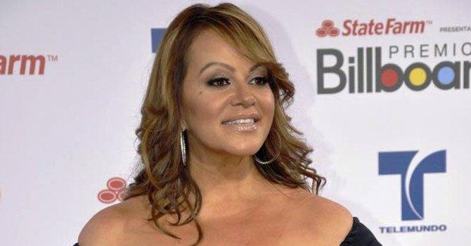 Es oficial, Jenni Rivera se divorcia