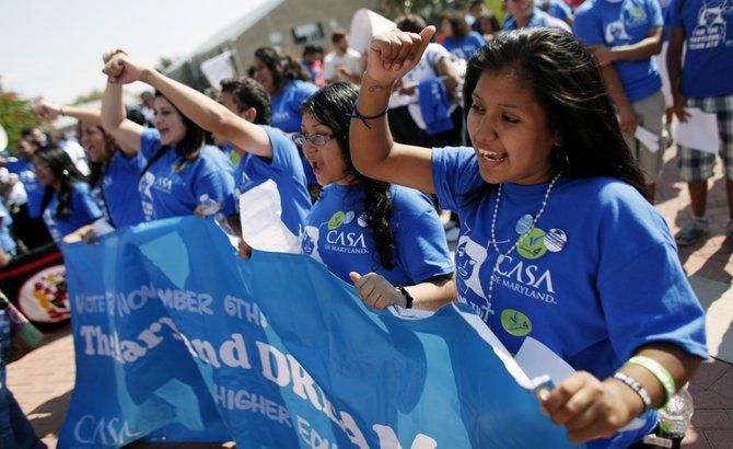 Estudiantes marchan por el DREAM Act de Maryland