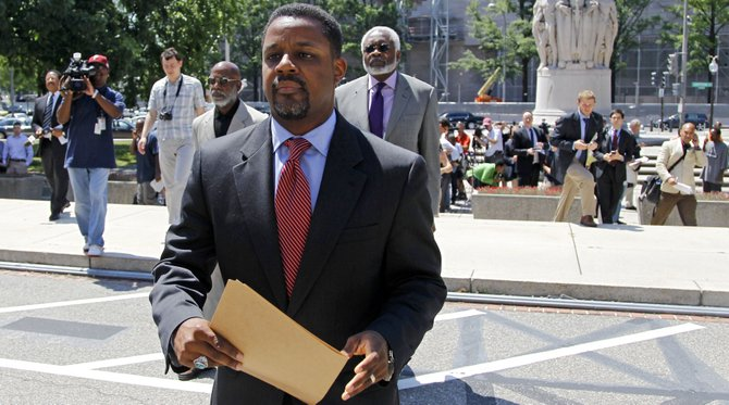 Sentencian a un día de cárcel a ex concejal de DC