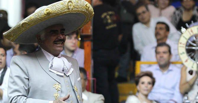 Vicente Fernández deja los escenarios en diciembre