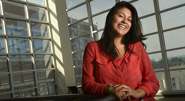 CASO. Nadia Salazar Sandi, de padres bolivianos, se beneficiará de la unión entre Montgomery, Montgomery College y Universities at Shady Grove.