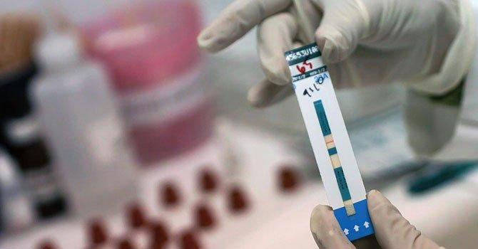Menos transmisión de VIH de madre a hijo