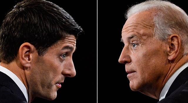 El republicano Paul Ryan (izq.),y el demócrata y actualmente vicepresidente, Joe Biden, en el único debate vicepresidencial.