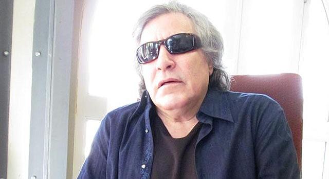 José Feliciano desea visitar Cuba.