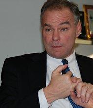El candidato demócrata al Senado, Tim Kaine fue gobernador de Virginia entre 2006 y 2010.