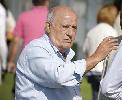 El español Amancio Ortega, ocupa el tercer puesto de las 200 personas más ricas del mundo.