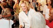 SONRISAS. Ann Romney, una sobreviviente de cáncer de seno, es pieza clave en la campaña de Mitt Romney.