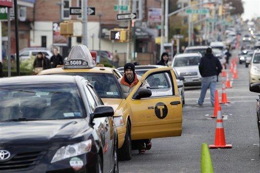 NY: Cancelan maratón; enojo por falta de gasolina