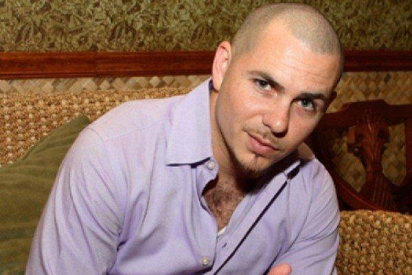 El rapero cubano Pitbull apoyando a Obama