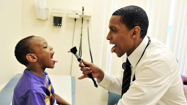 Hay 1.200 centros comunitarios enfocados en la atención médica de minorías.