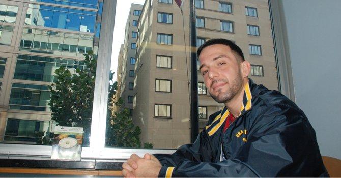 Ernesto Ojito trabajó para la compañía removedora de asbestos WMS Solutions. Ahora es uno de los 36 demandantes.