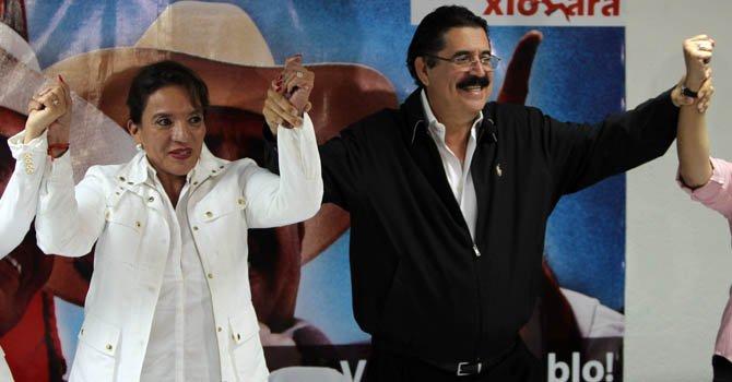 La precandidata presidencial por el partido Libertad y Refundancion (Libre), Xiomara Castro junto a su esposo el ex presidente de Honduras, Manuel Zelaya.