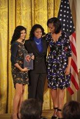 National Arts and Humanities Youth Program Award 2012, el 16 de noviembre.