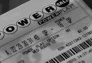 Esta lotería ofrece opciones para percibir el premio: cobro en efectivo de una sola vez, o el cobro distribuido a lo largo de 10, 20 ó 30 años.