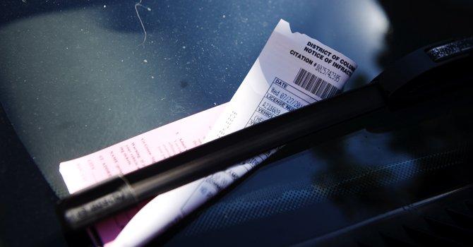 Aumenta a $500 la multa por pasar un autobús escolar