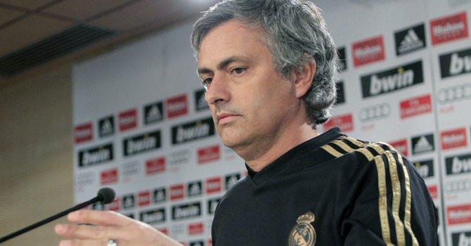 El portugués José Mourinho dice que tiene relaciones inmejorables con los ejecutivos del Real Madrid.