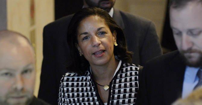 La embajadora estadounidense ante la ONU, Susan Rice tras su encuentro con el senador republicano Bob Corker de Tennesse en el Capitolio, Washington, el 28 de noviembre.