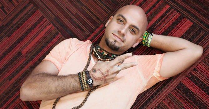 El músico boricua Sie7e promociona nuevo tema
