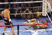 Ésta fue la primera caída, el segundo toque de lona de Pacquiao le dio el triunfo a Márquez.