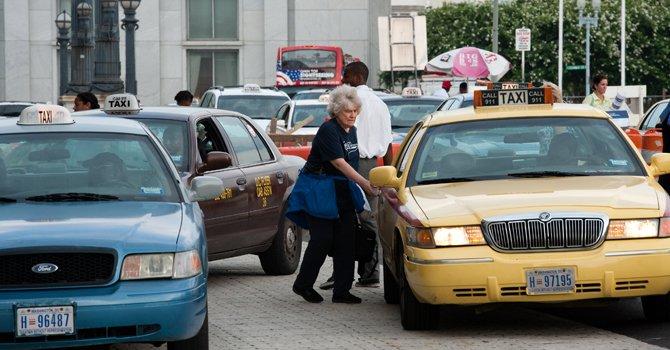 Taxis de DC serán de un solo color en 2013