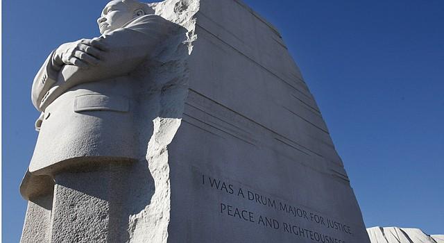 El monumento a Martin Luther King Jr. se encuentra en el Mall de Washington.