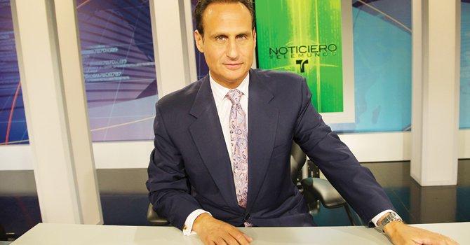 CONDUCTOR. José Díaz-Balart, conductor del noticiero de Telemundo dice que está harto que le pregunten si lo influencian sus hermanos congresistas.